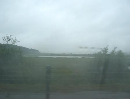 雨のシラルトロ湖.jpg